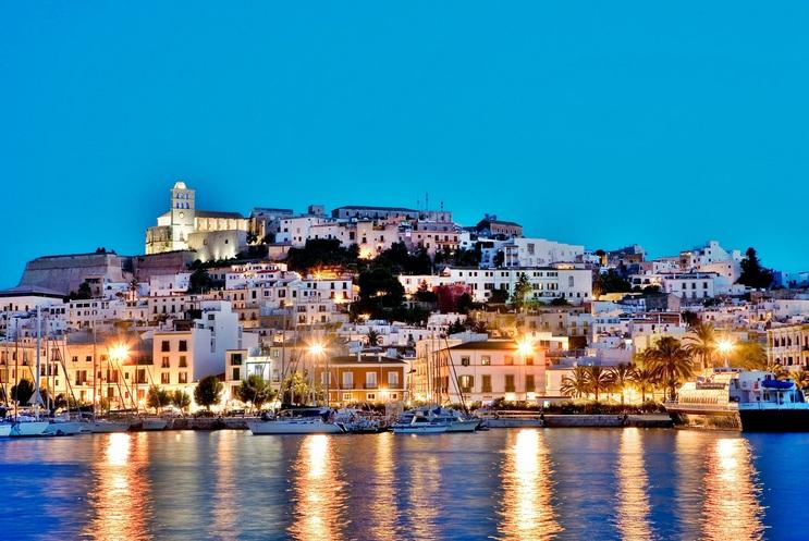 Dat Villa, Ibiza Old Town