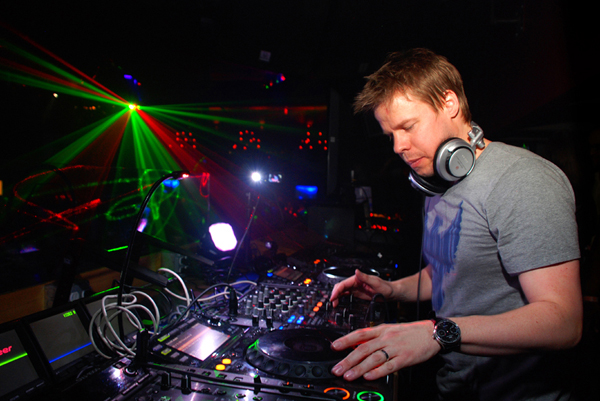FULL ON IBIZA BY FERRY CORSTEN IN SPACE EVERY FRIDAY