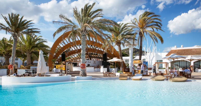 Guy Gerber invites you for Sunday Sessions at Destino