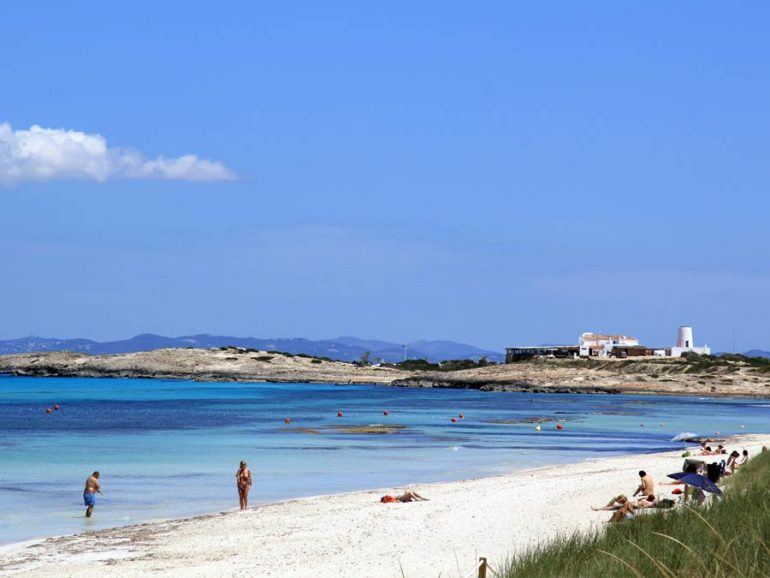 BEST BEACHES IN FORMENTERA